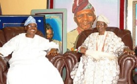 Late Olubadan with Oyo State Governor, Abiola Ajimobi