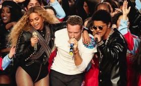 Beyonce, Chris Martin, Bruno Mars Superbowl 50 performance